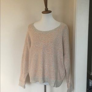 Free people peach/oatmeal sweater - Sz Medium